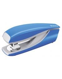 Nietmachine leitz new nexxt 5502 30vel 24/6 lichtblauw